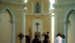 wnętrze kościoła_1