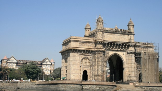 Mumbaj, Brama Indii