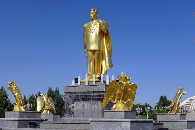 Turkmenistan – kraina azjatyckich satrapów